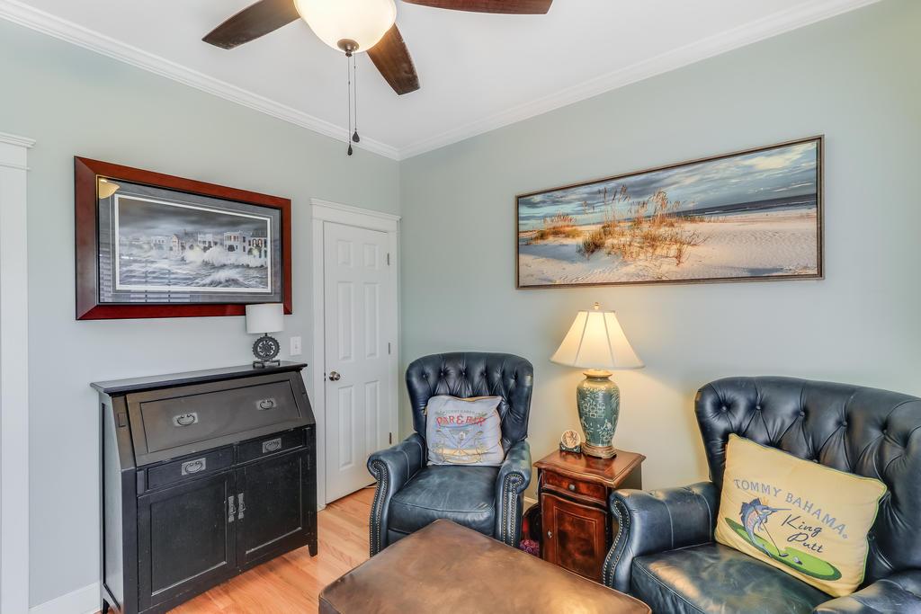 Etiwan Pointe Homes For Sale - 165 Etiwan Pointe, Mount Pleasant, SC - 6
