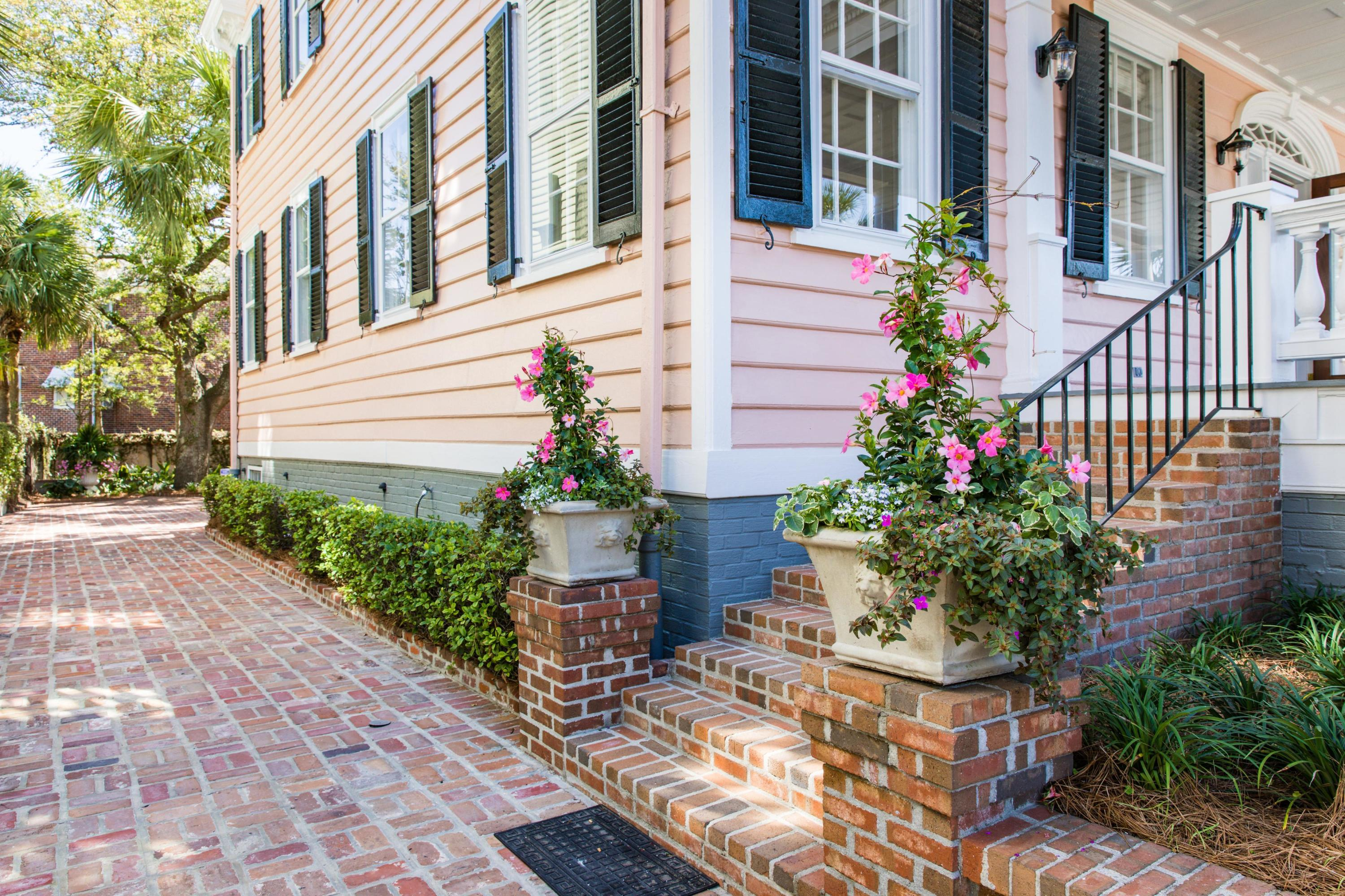 South of Broad Homes For Sale - 104 Murray, Charleston, SC - 29