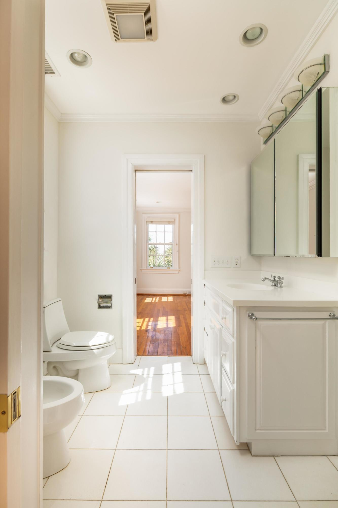 South of Broad Homes For Sale - 104 Murray, Charleston, SC - 6