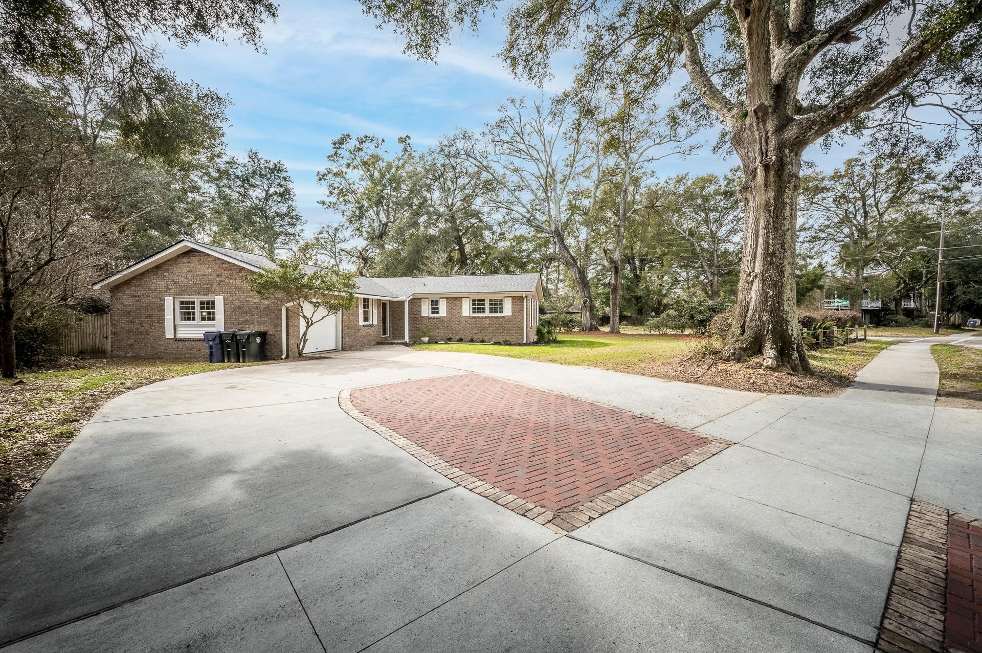 1379 Camp Road Charleston, SC 29412