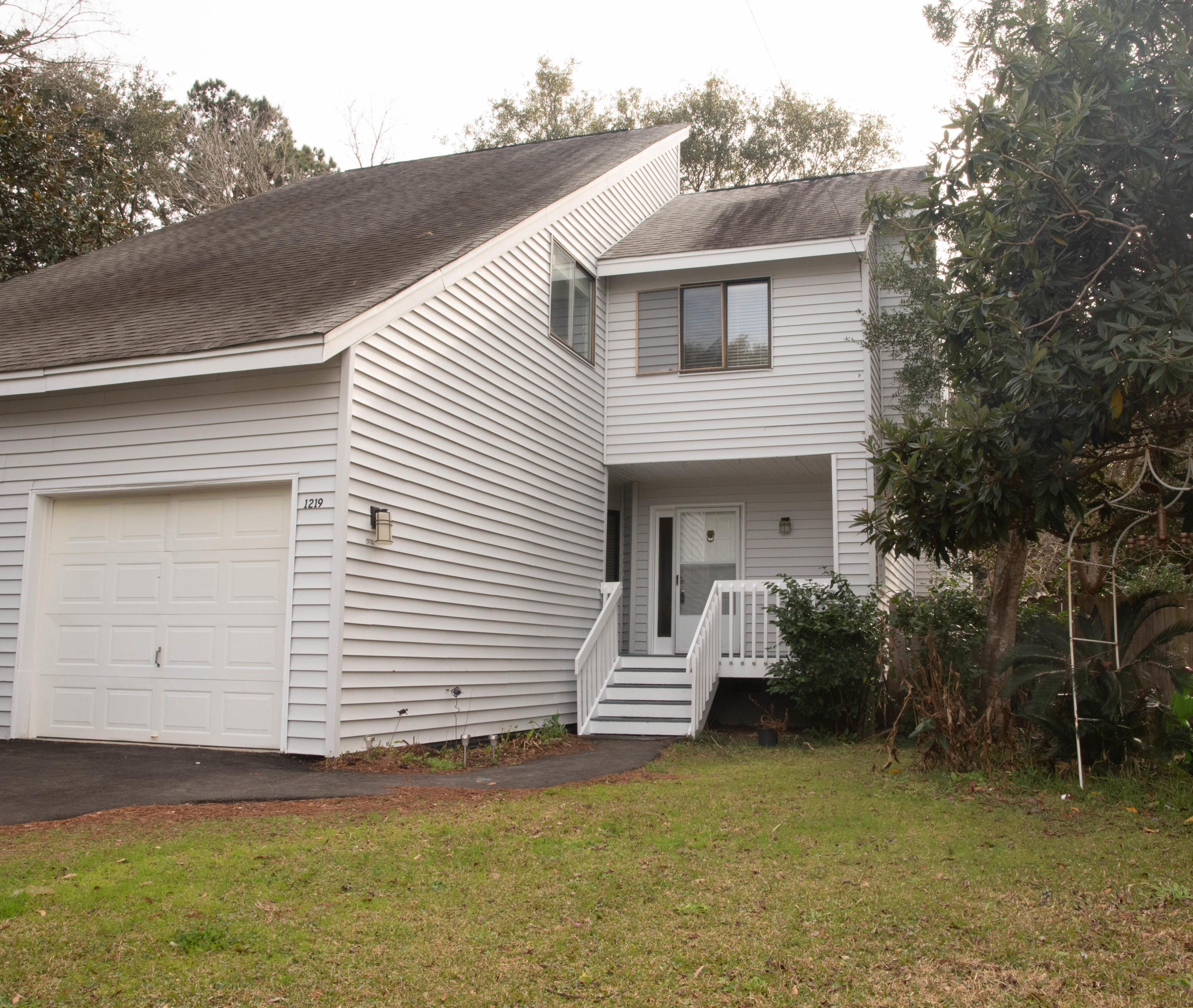 1219 Valley Forge Drive Charleston, SC 29412