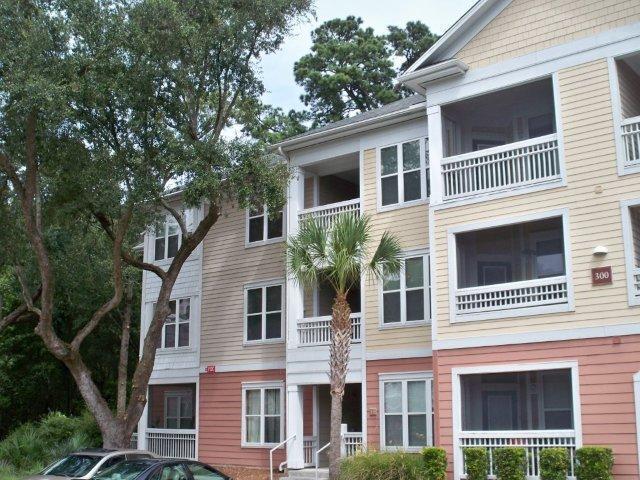 300 Bucksley Lane UNIT #103 Charleston, SC 29492