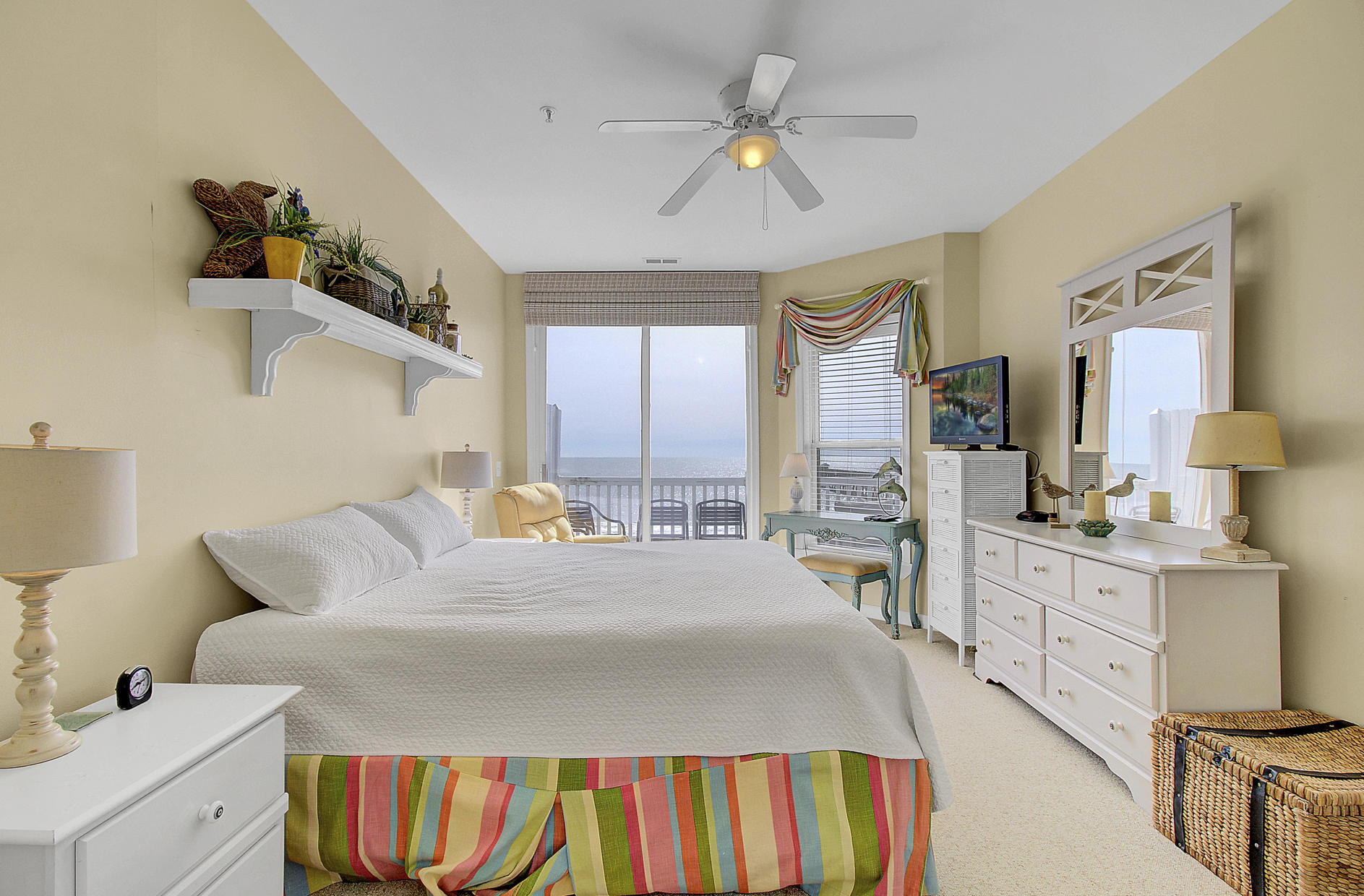 Seaside Villas I Homes For Sale - 111 Arctic, Folly Beach, SC - 28