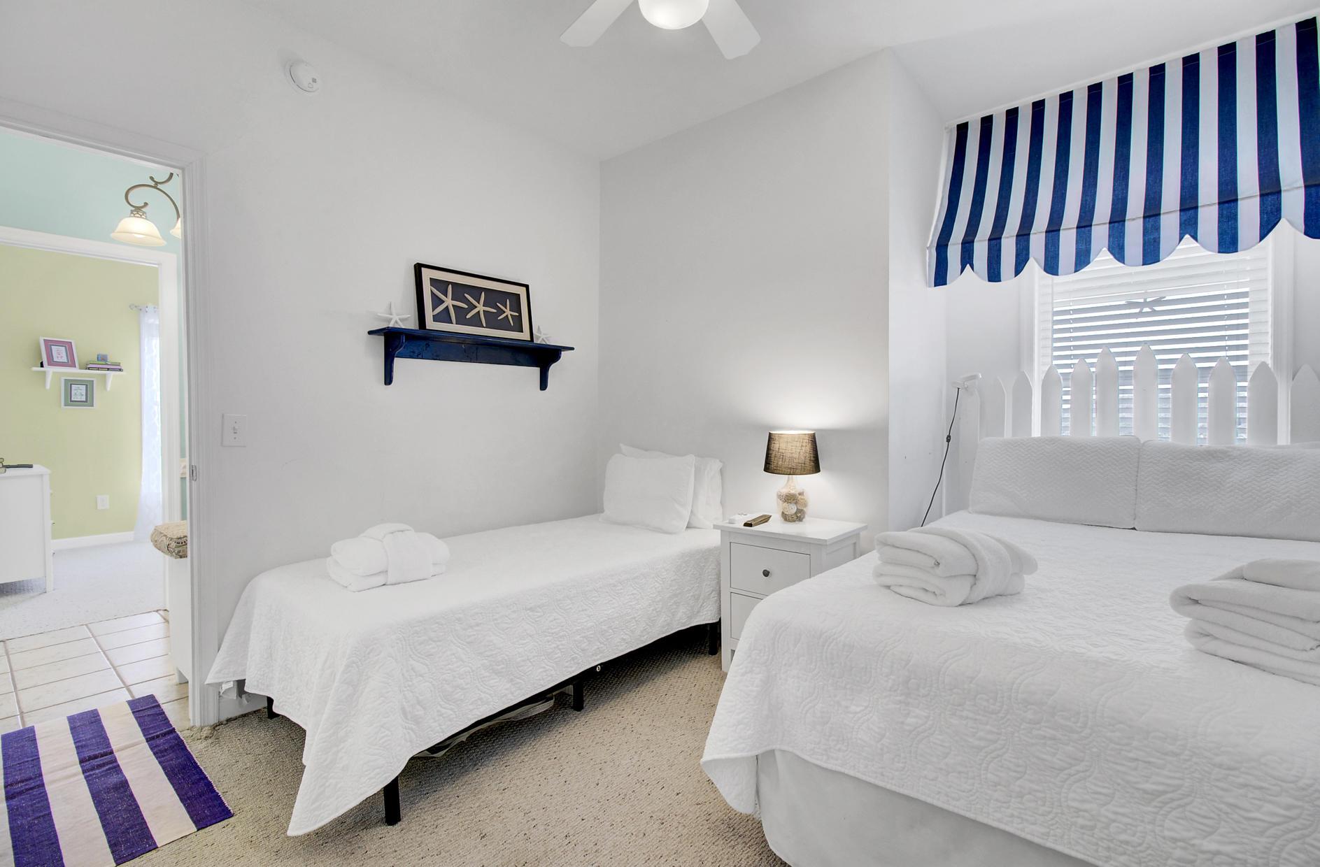 Seaside Villas I Homes For Sale - 111 Arctic, Folly Beach, SC - 18