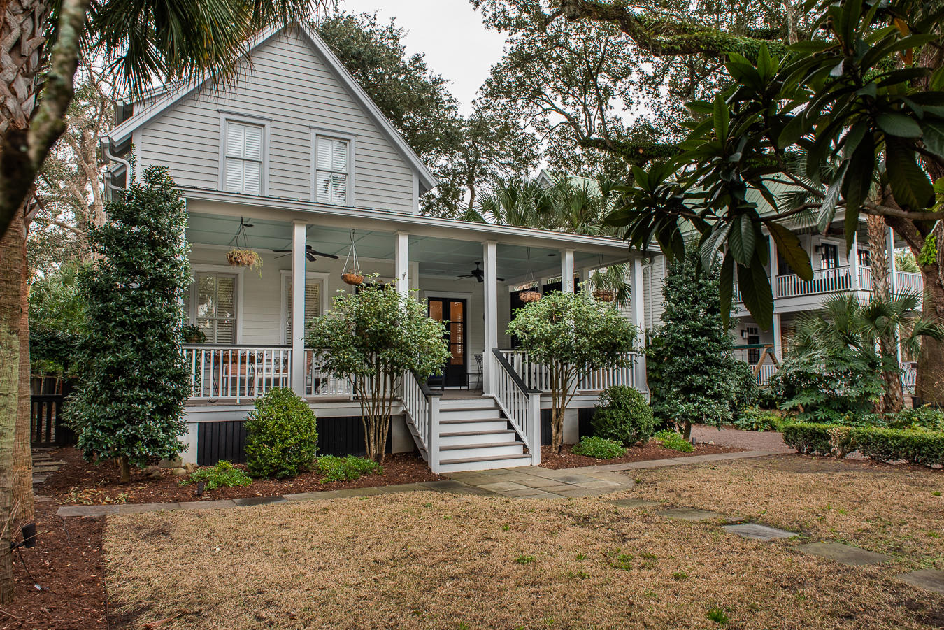 109 Hardware Alley Mount Pleasant, SC 29464