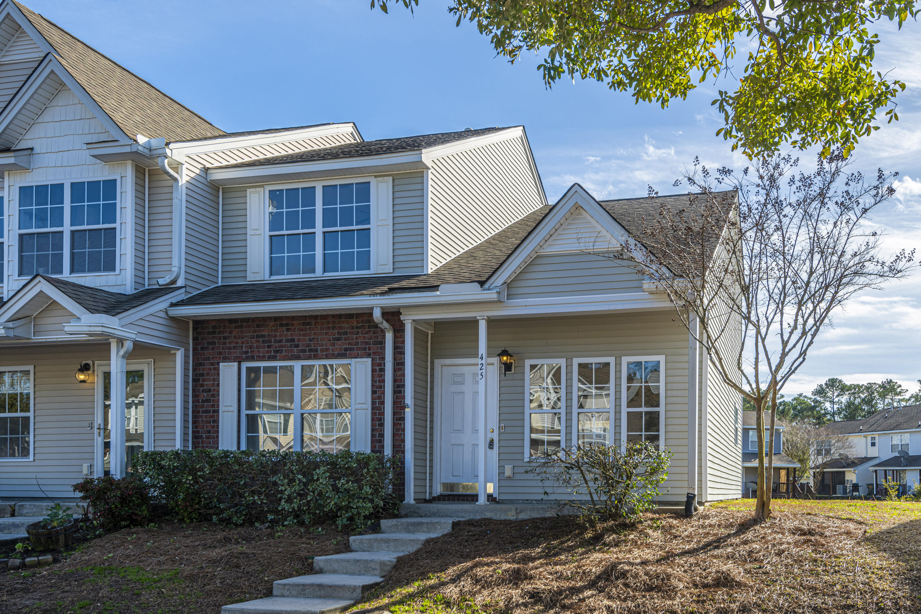 425 Doane Way Charleston, SC 29492