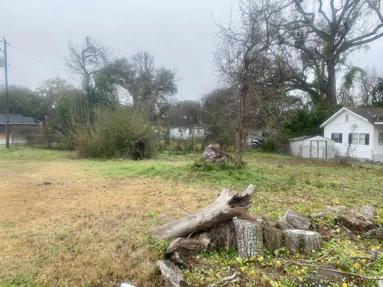 4843 Lecque Street North Charleston, SC 29405