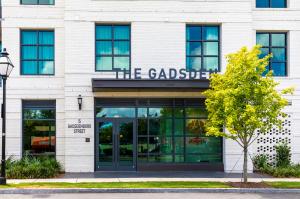 5 Gadsdenboro Street, 206, Charleston, SC 29401
