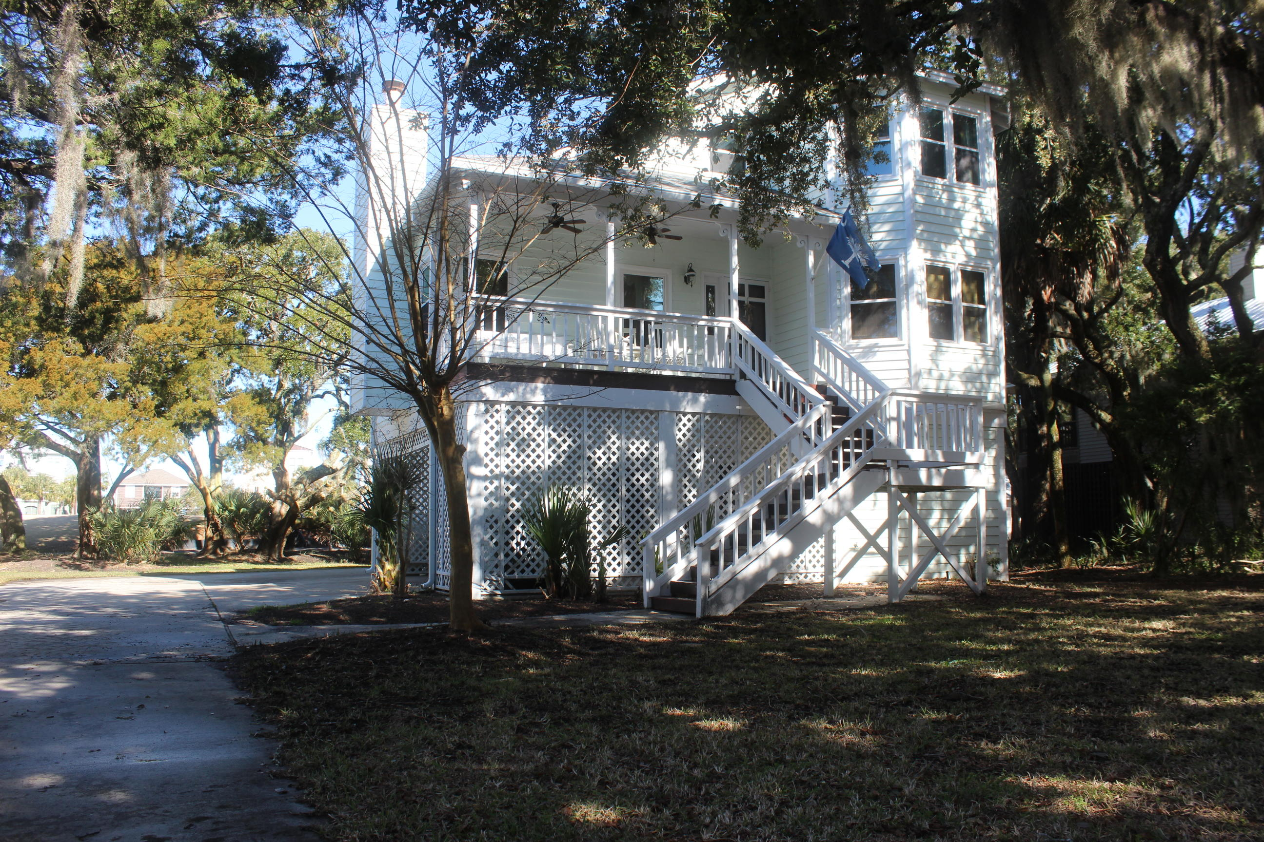 12 Battery Park Road Edisto Beach, SC 29438