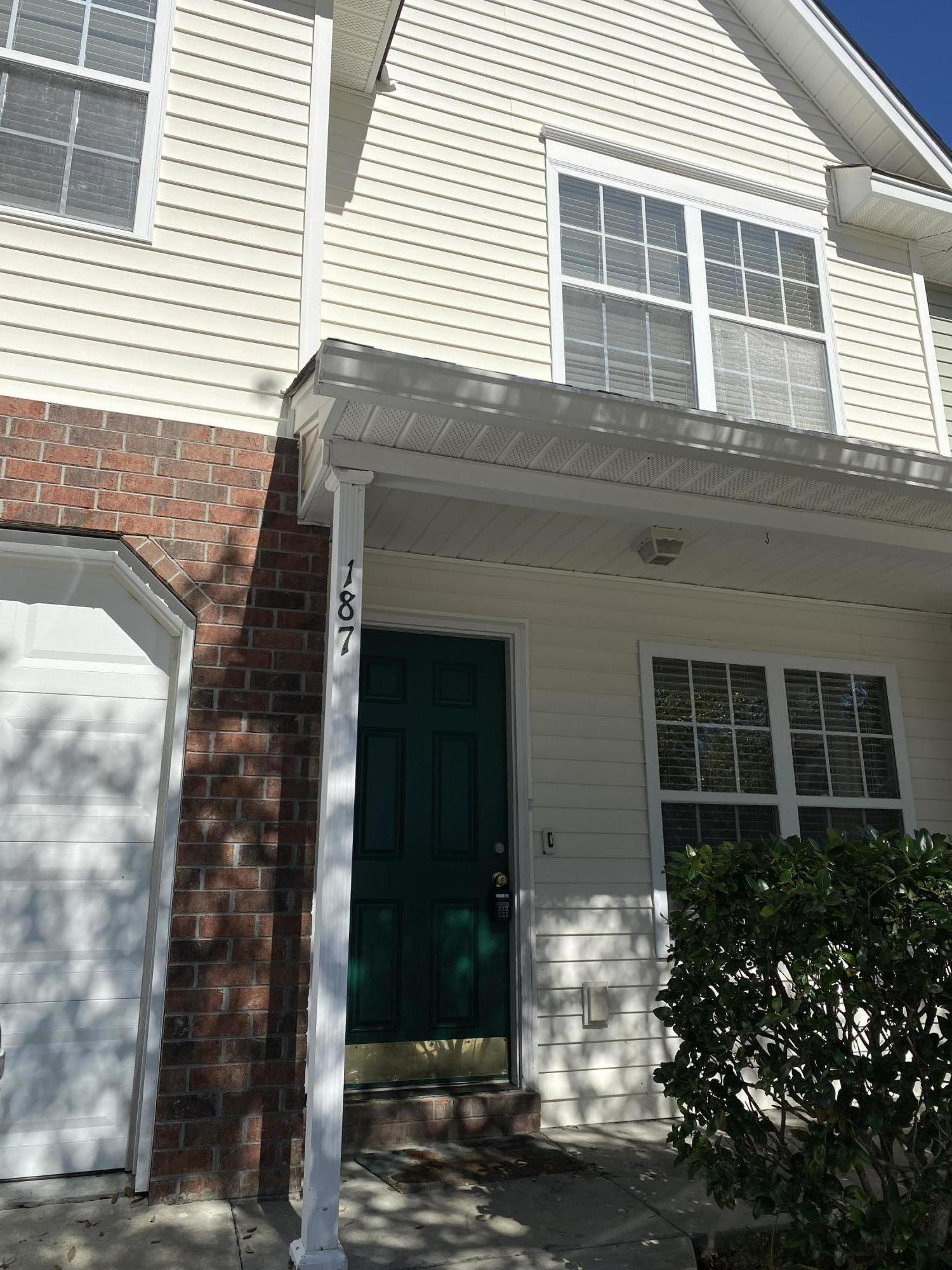 187 Darcy Avenue Goose Creek, SC 29445