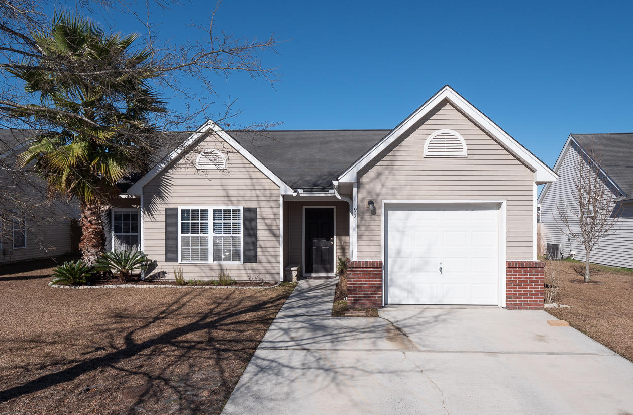 93 Dovetail Circle Summerville, SC 29483