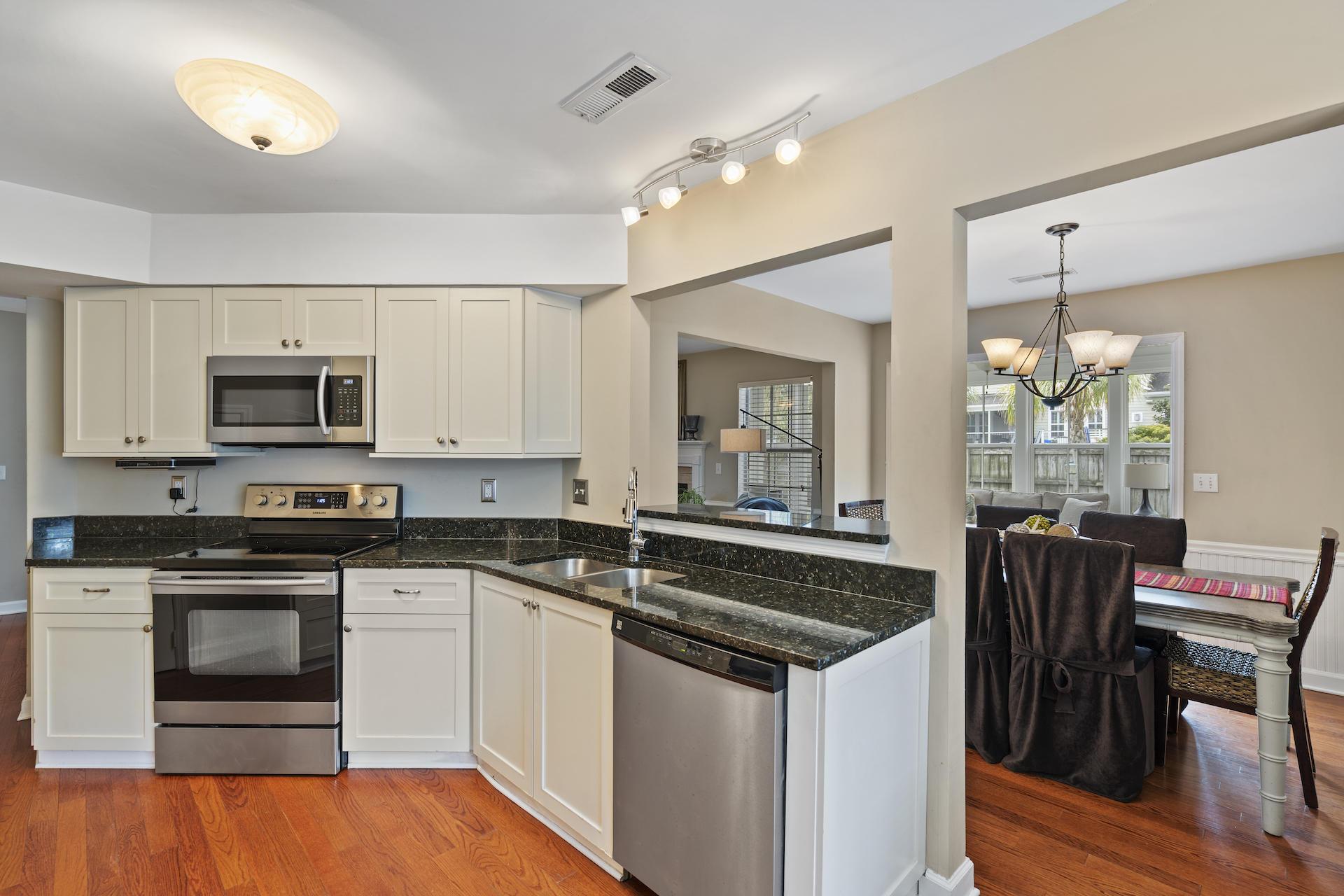 Oakhaven Plantation Homes For Sale - 1445 Oaklanding, Mount Pleasant, SC - 10