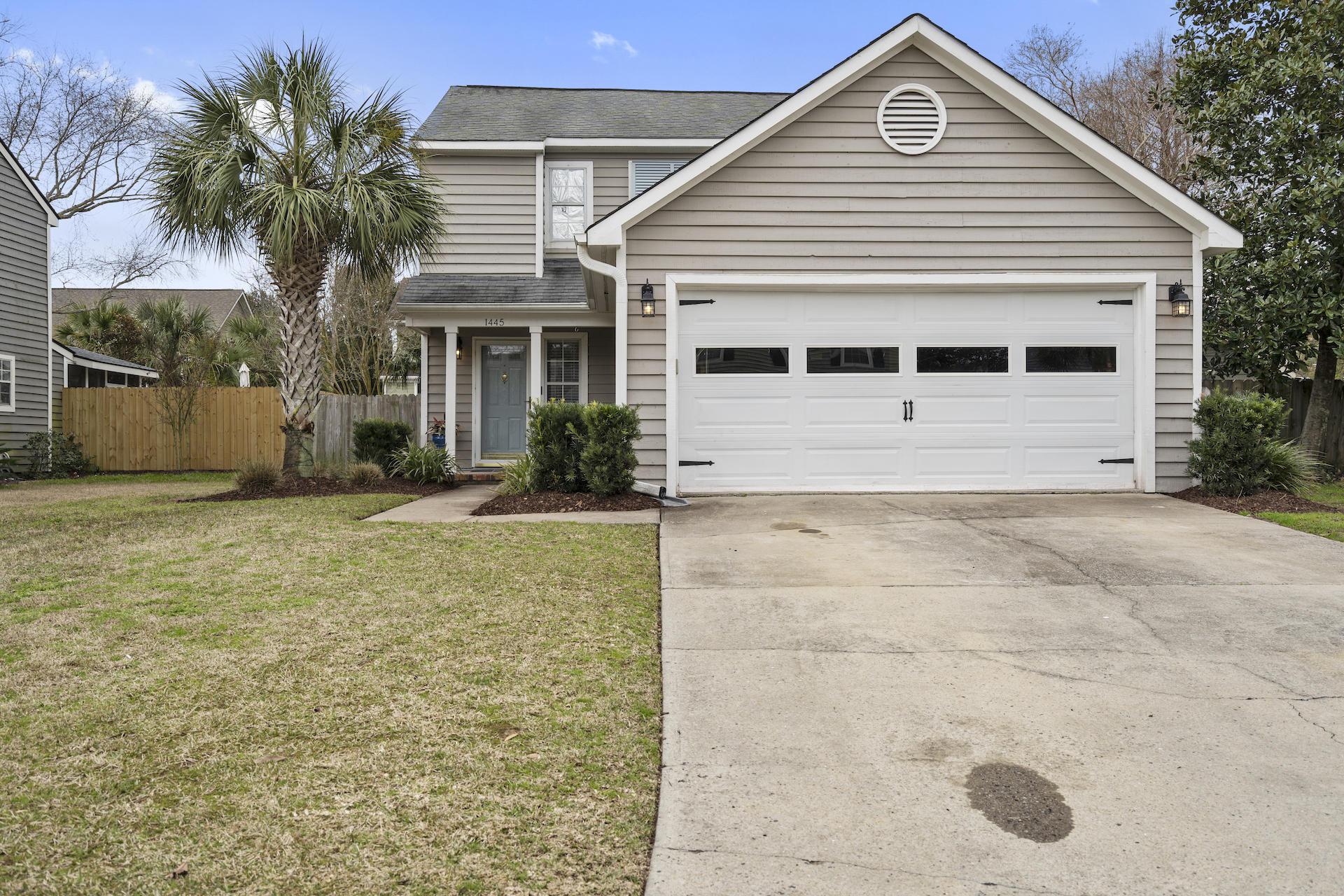 Oakhaven Plantation Homes For Sale - 1445 Oaklanding, Mount Pleasant, SC - 1