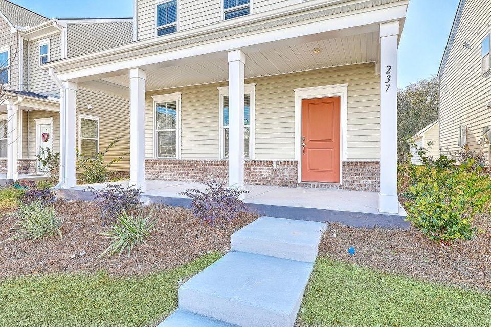 The Marshes at Cooper River Homes For Sale - 400 Spring Hollow, Charleston, SC - 42