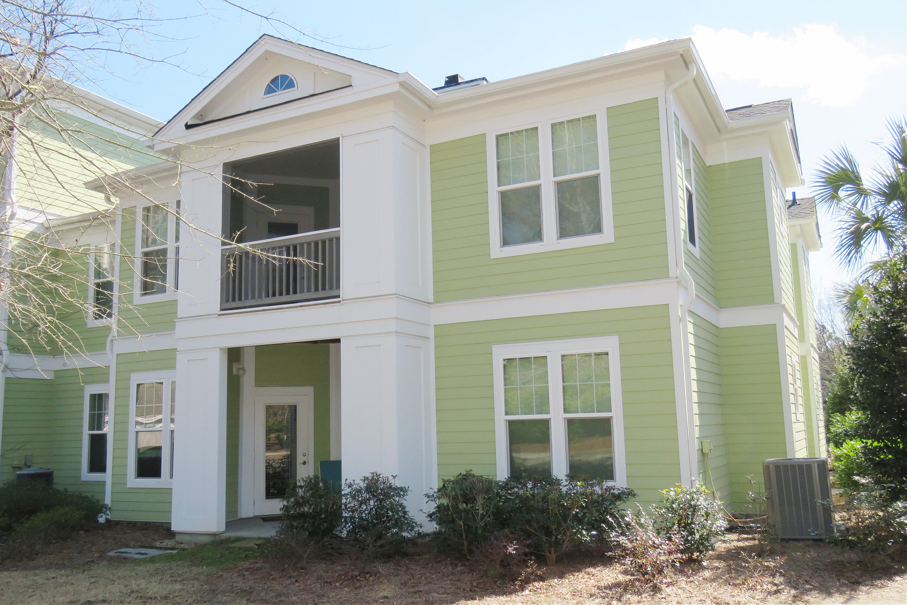 2318 Chatelain Way Mount Pleasant, SC 29464