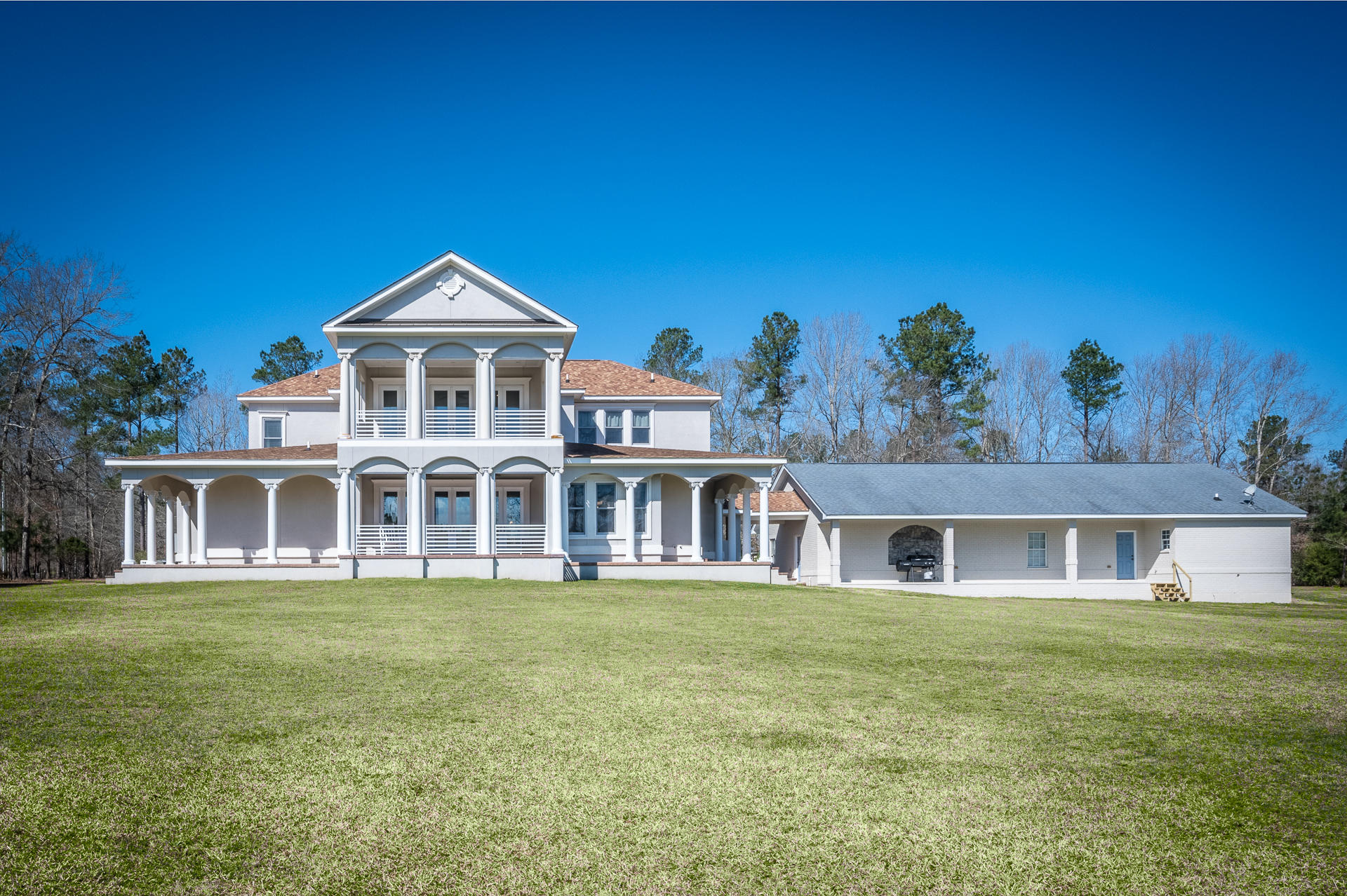 288 Chester Lane Cottageville, SC 29435