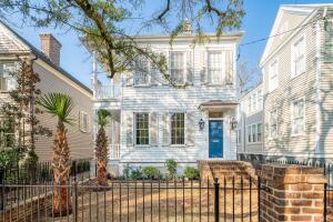 13 Logan Street, Charleston, SC 29401
