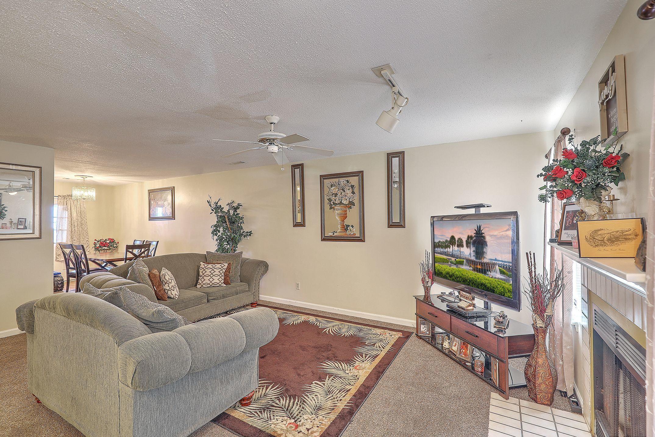198 Pine Shadow Drive Goose Creek, SC 29445