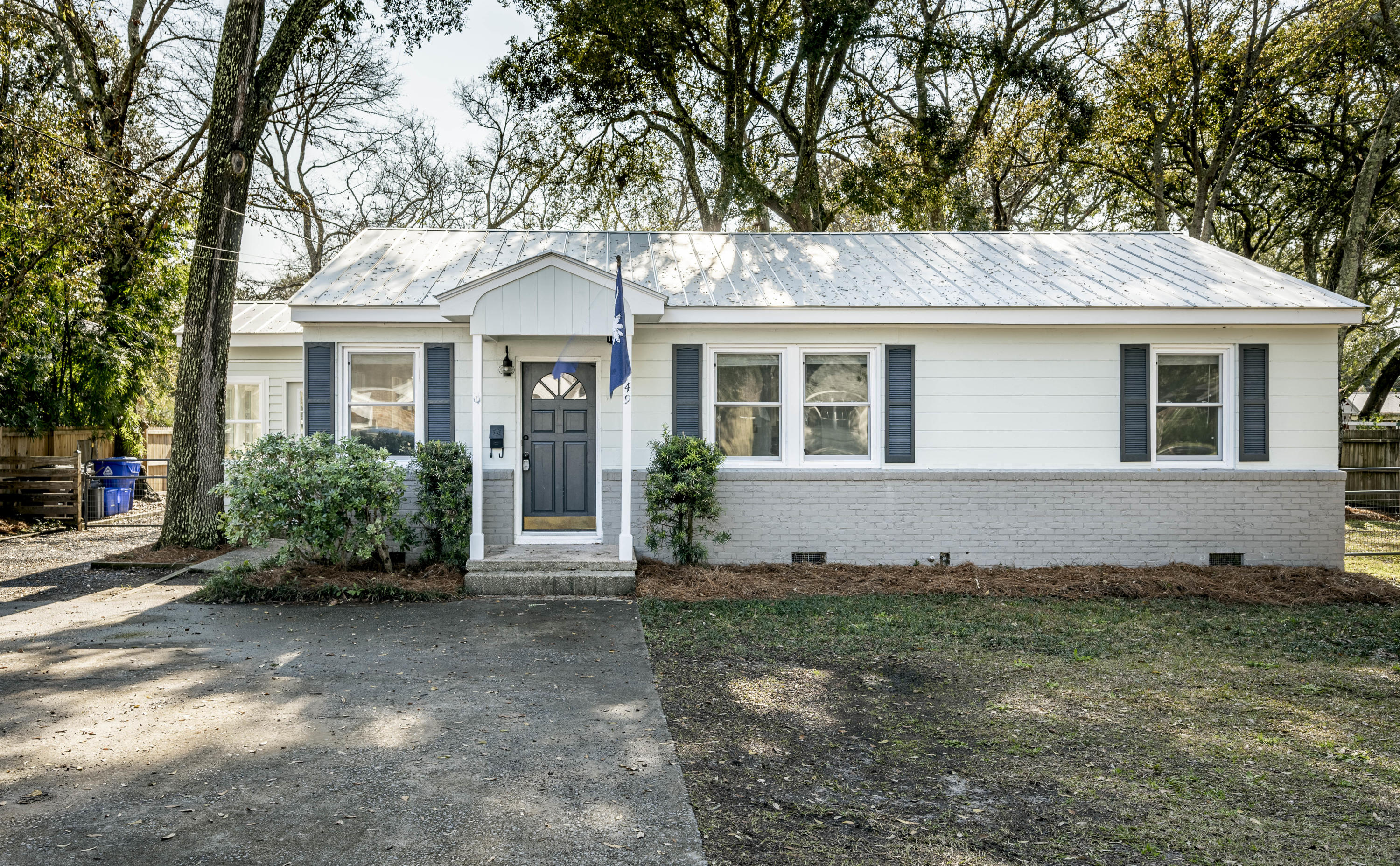 749 McCants Drive Mount Pleasant, SC 29464