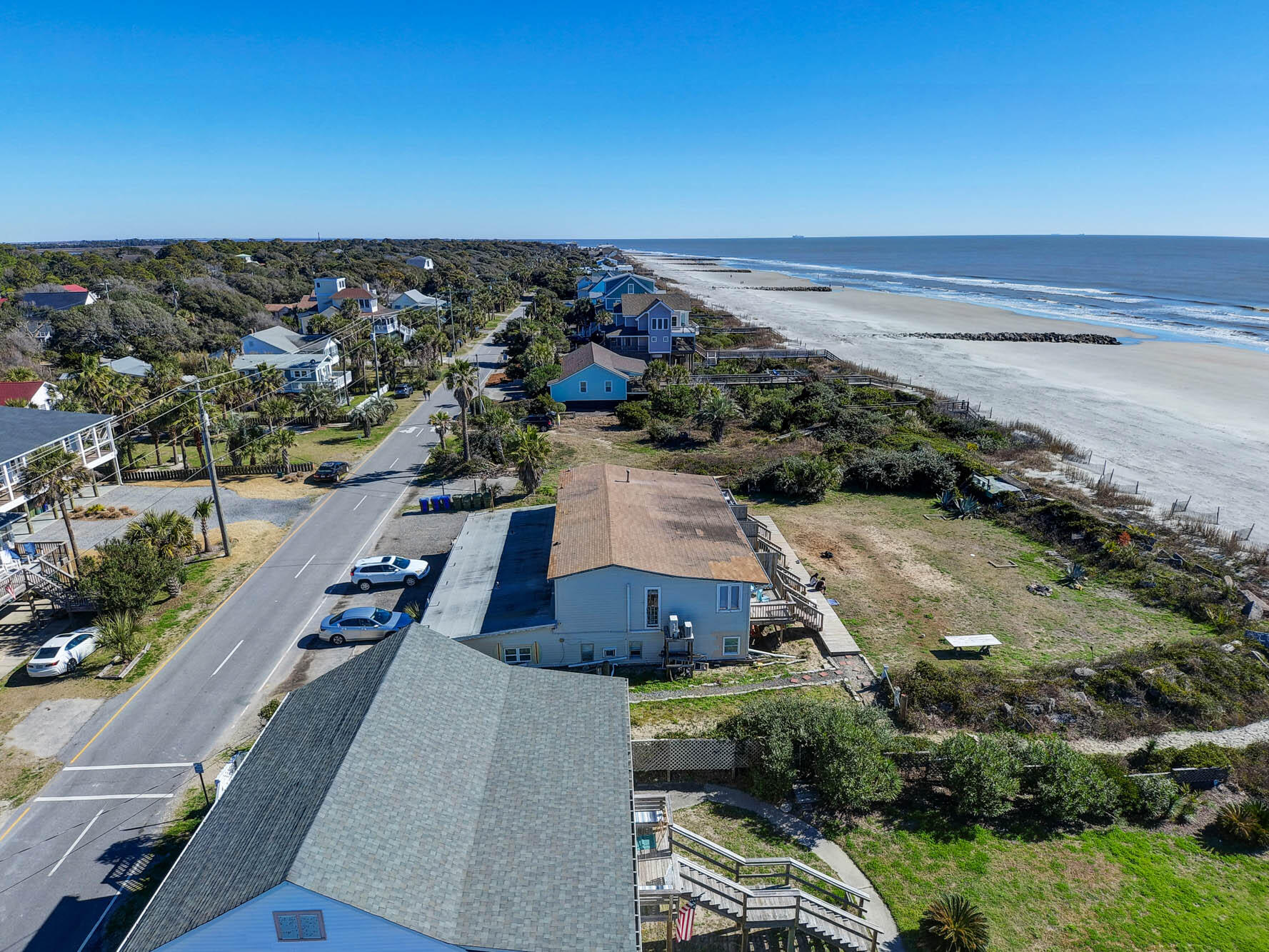 811 E Arctic Avenue Folly Beach, SC 29439