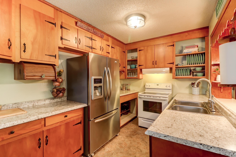 Old Mt Pleasant Homes For Sale - 633 Coral, Mount Pleasant, SC - 2