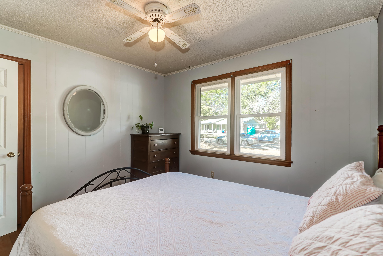 Old Mt Pleasant Homes For Sale - 633 Coral, Mount Pleasant, SC - 24