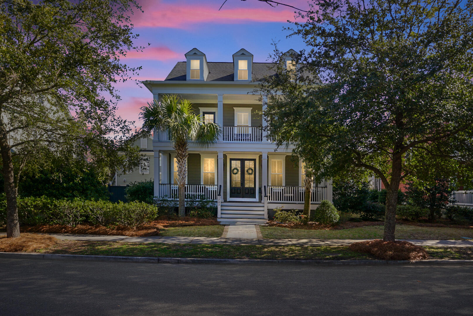 1783 Pierce Street Charleston, SC 29492