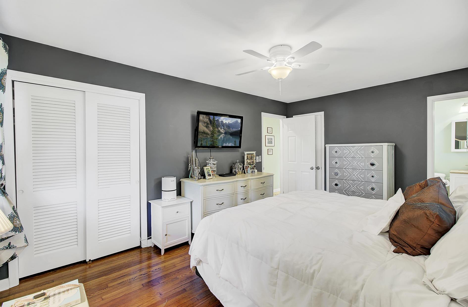 1616 Holton Place Charleston, SC 29407
