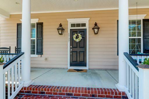 1737 Manassas Drive Charleston, SC 29414