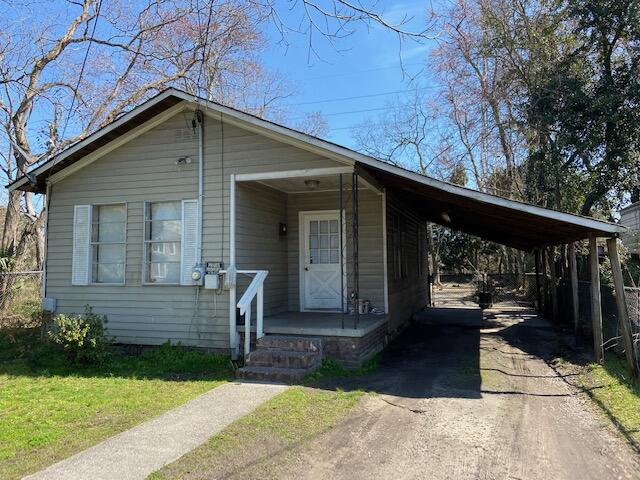 2121 Victory Avenue North Charleston, SC 29405