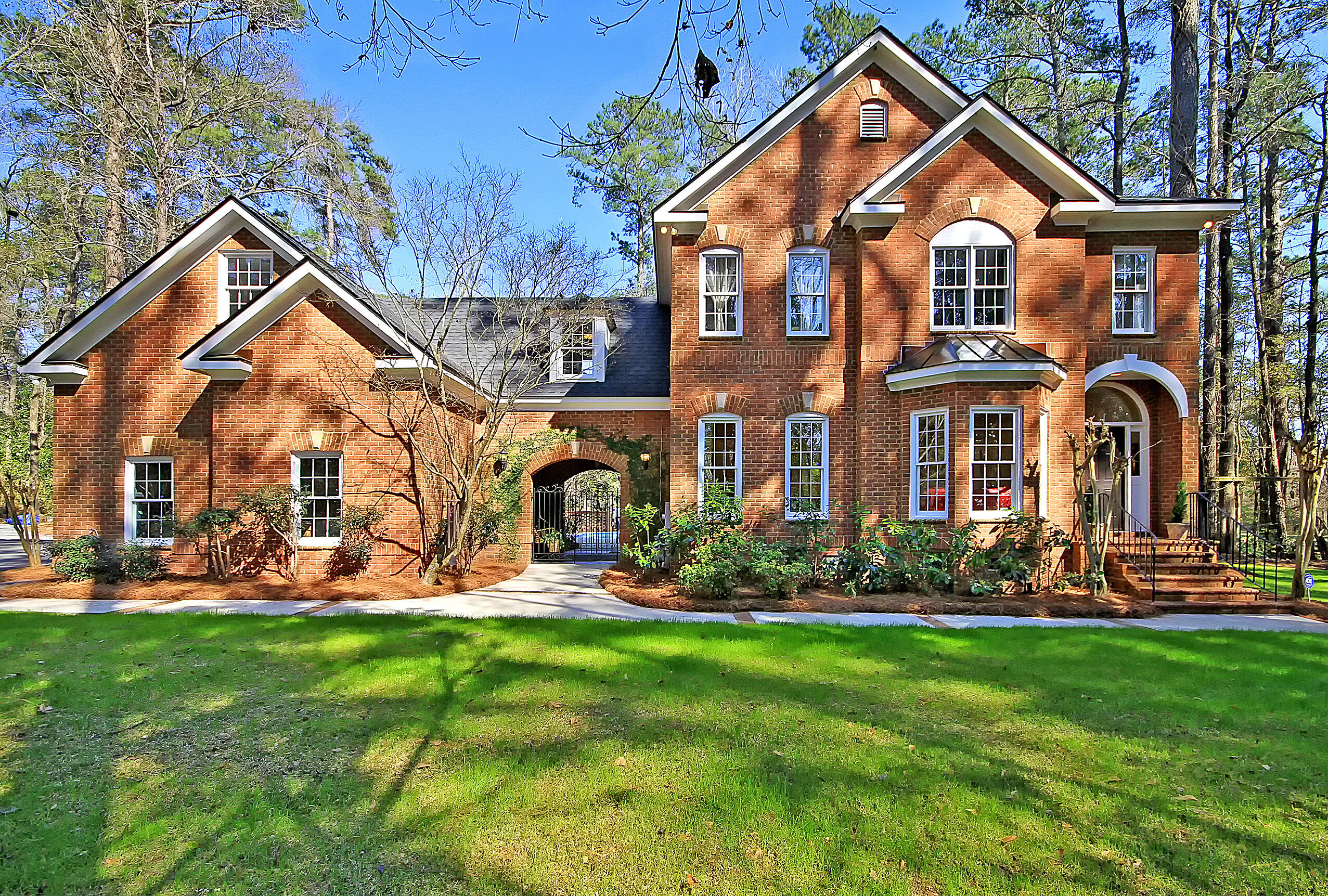 418 Country Club Boulevard Summerville, SC 29483