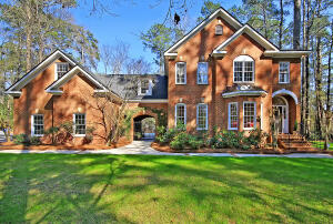 418 Country Club Boulevard, Summerville, SC 29483