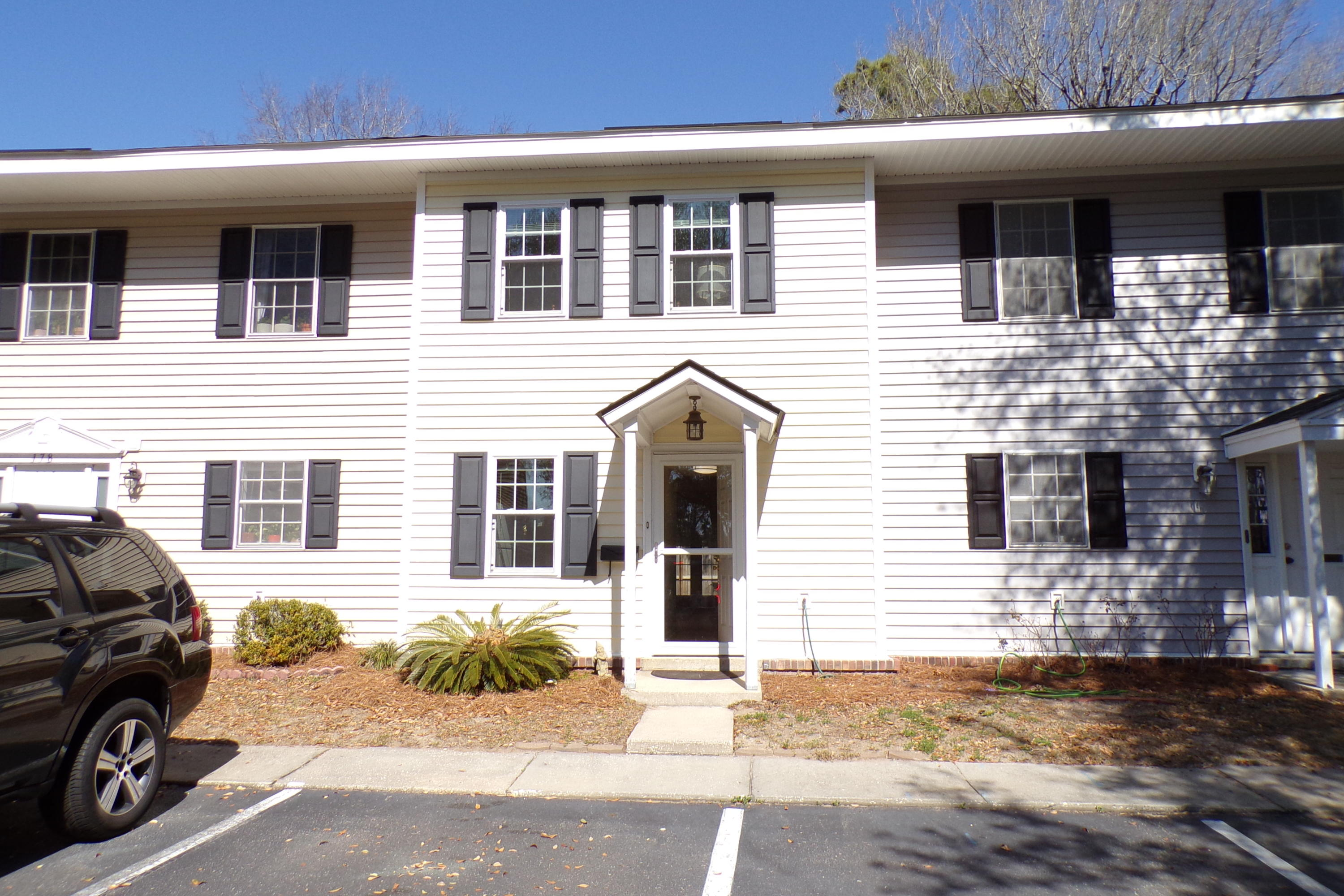 180 Heritage Circle UNIT L-8 Mount Pleasant, SC 29464