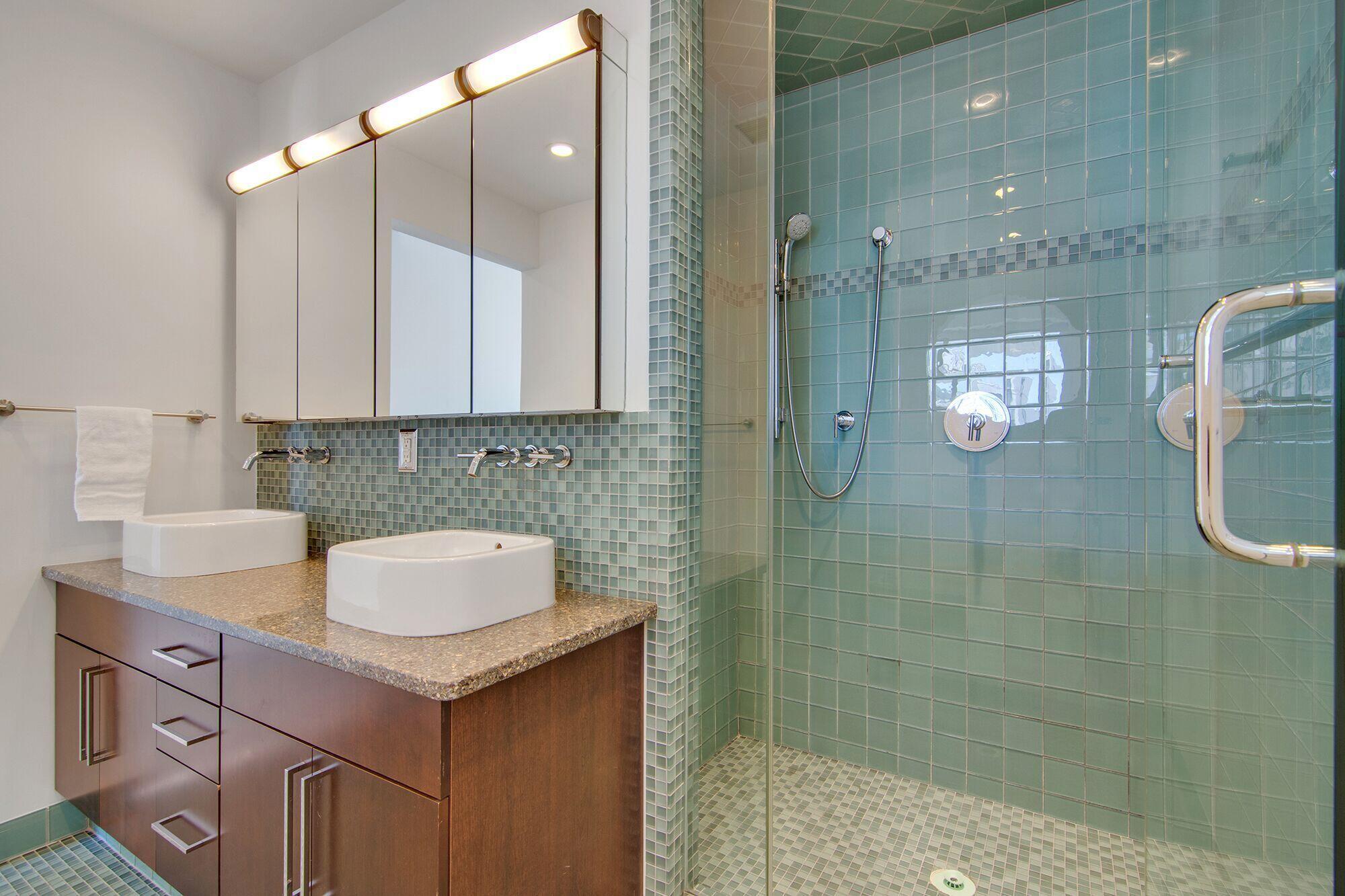 Homes For Sale - 487 King, Charleston, SC - 32