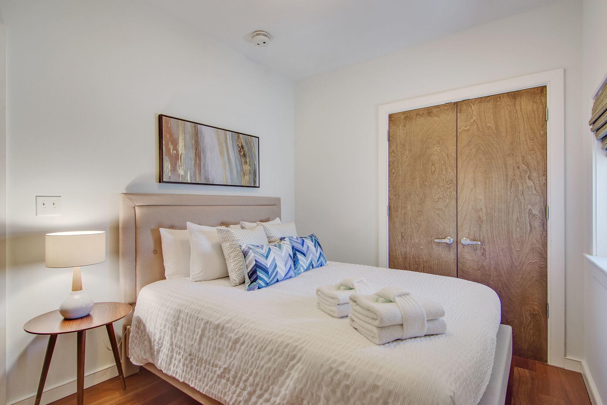 Homes For Sale - 487 King, Charleston, SC - 26