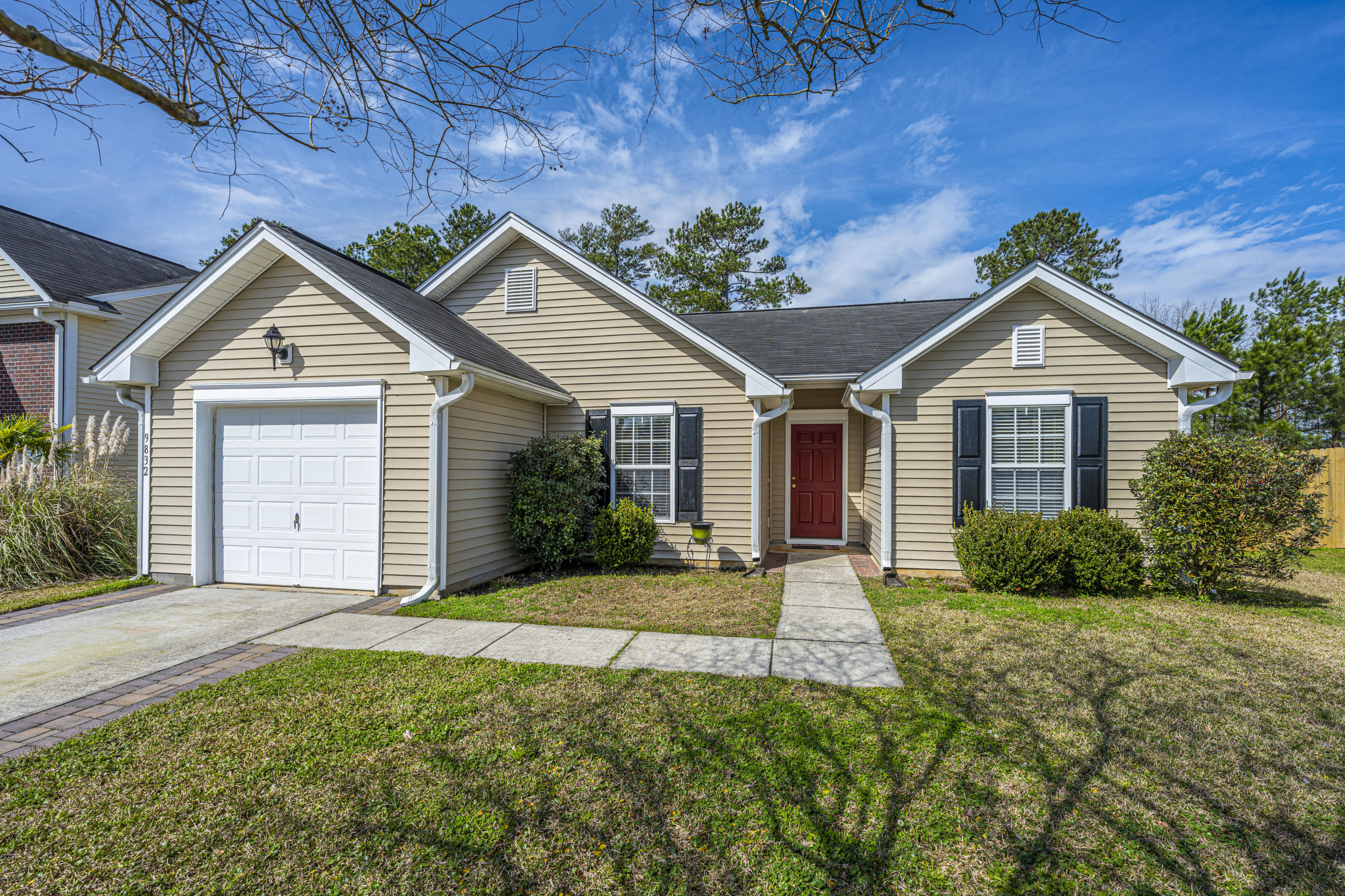 9832 Stockport Circle Summerville, SC 29485