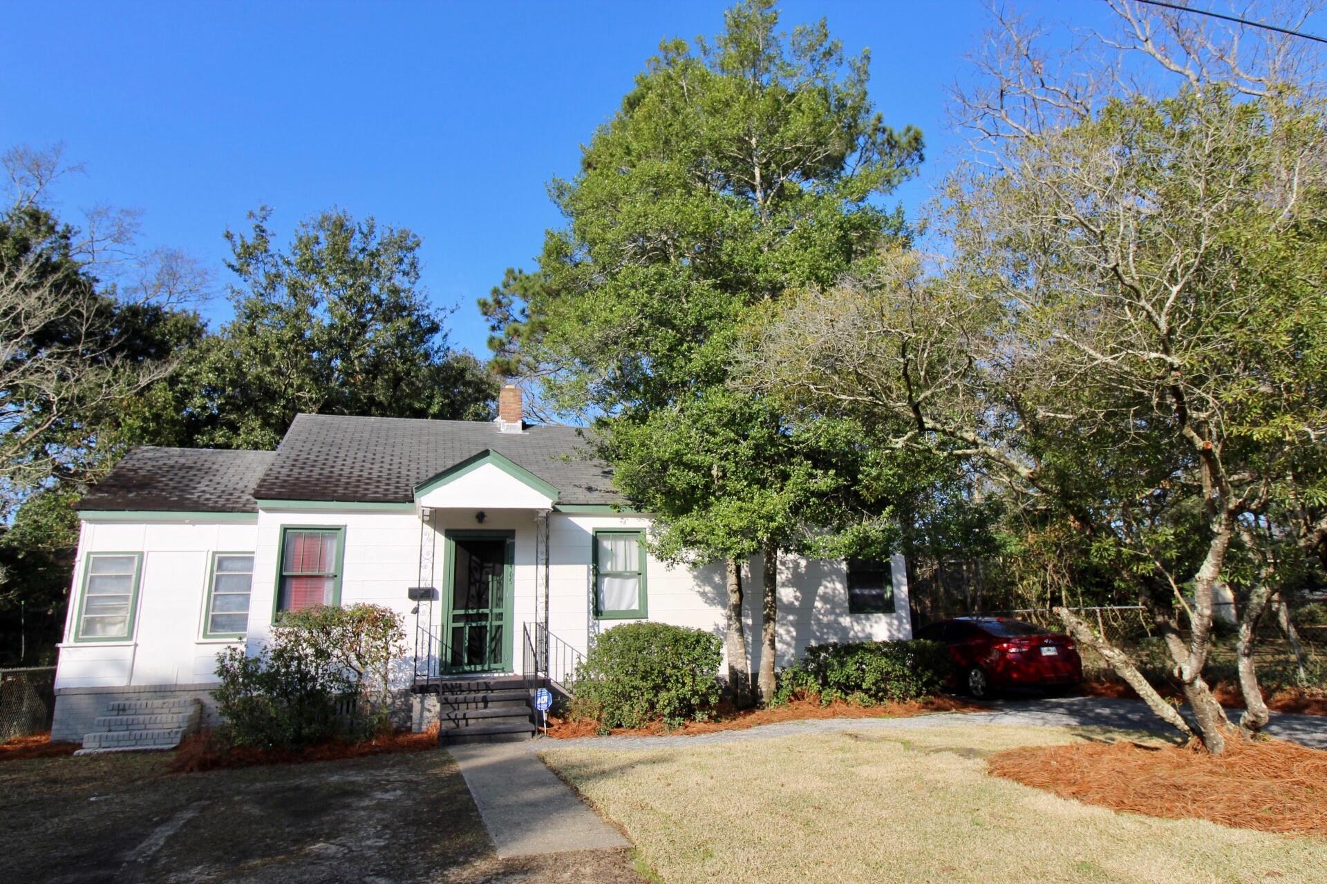 5469 Crown Avenue North Charleston, SC 29406