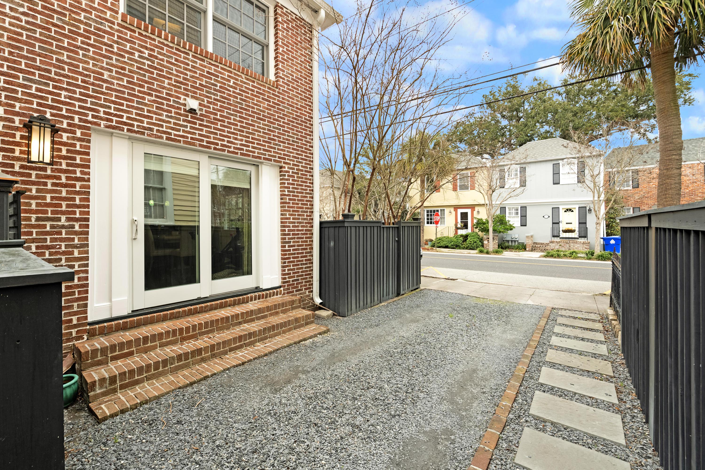 22 Trapman Street Charleston, SC 29401