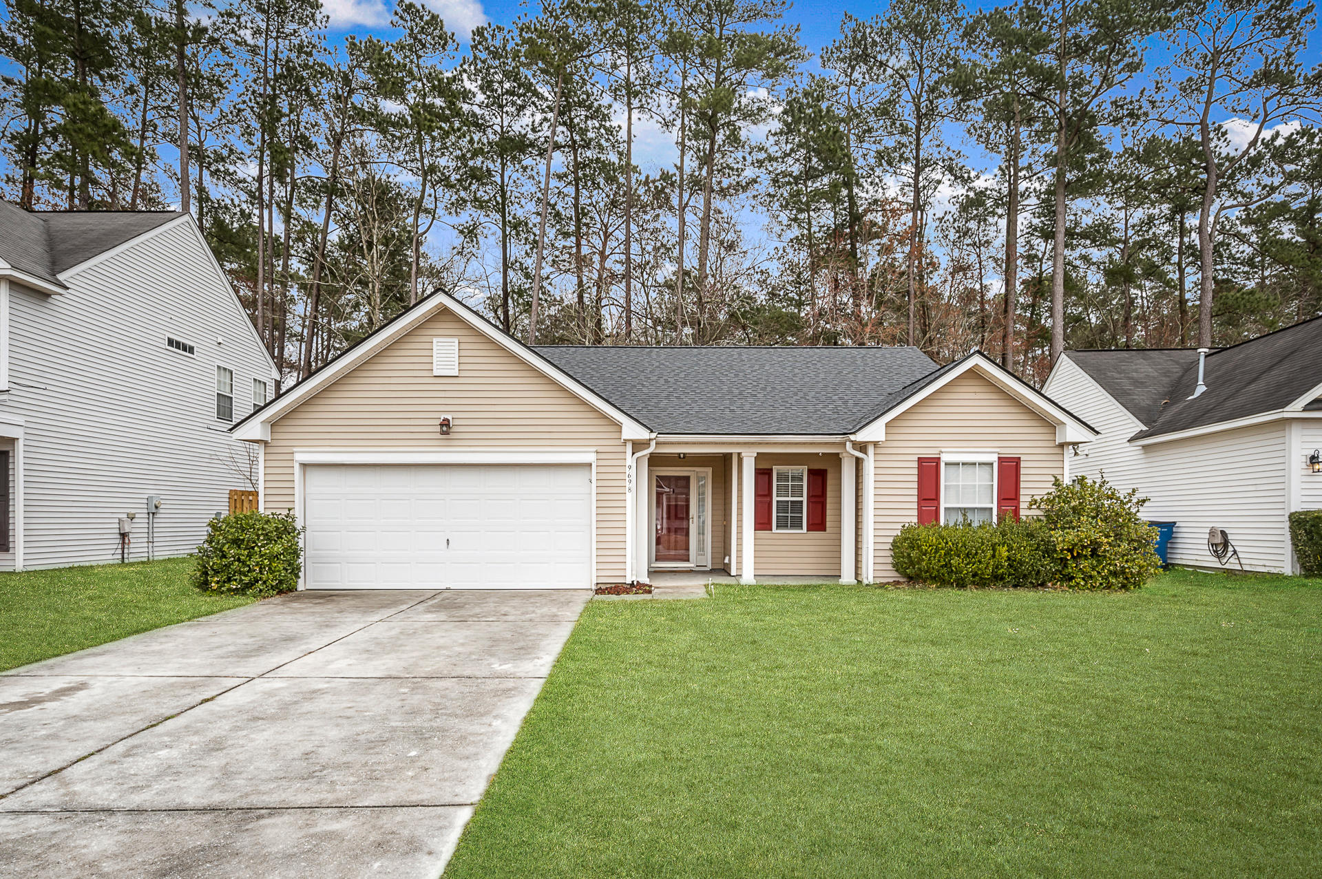 9698 Stockport Circle Summerville, SC 29485