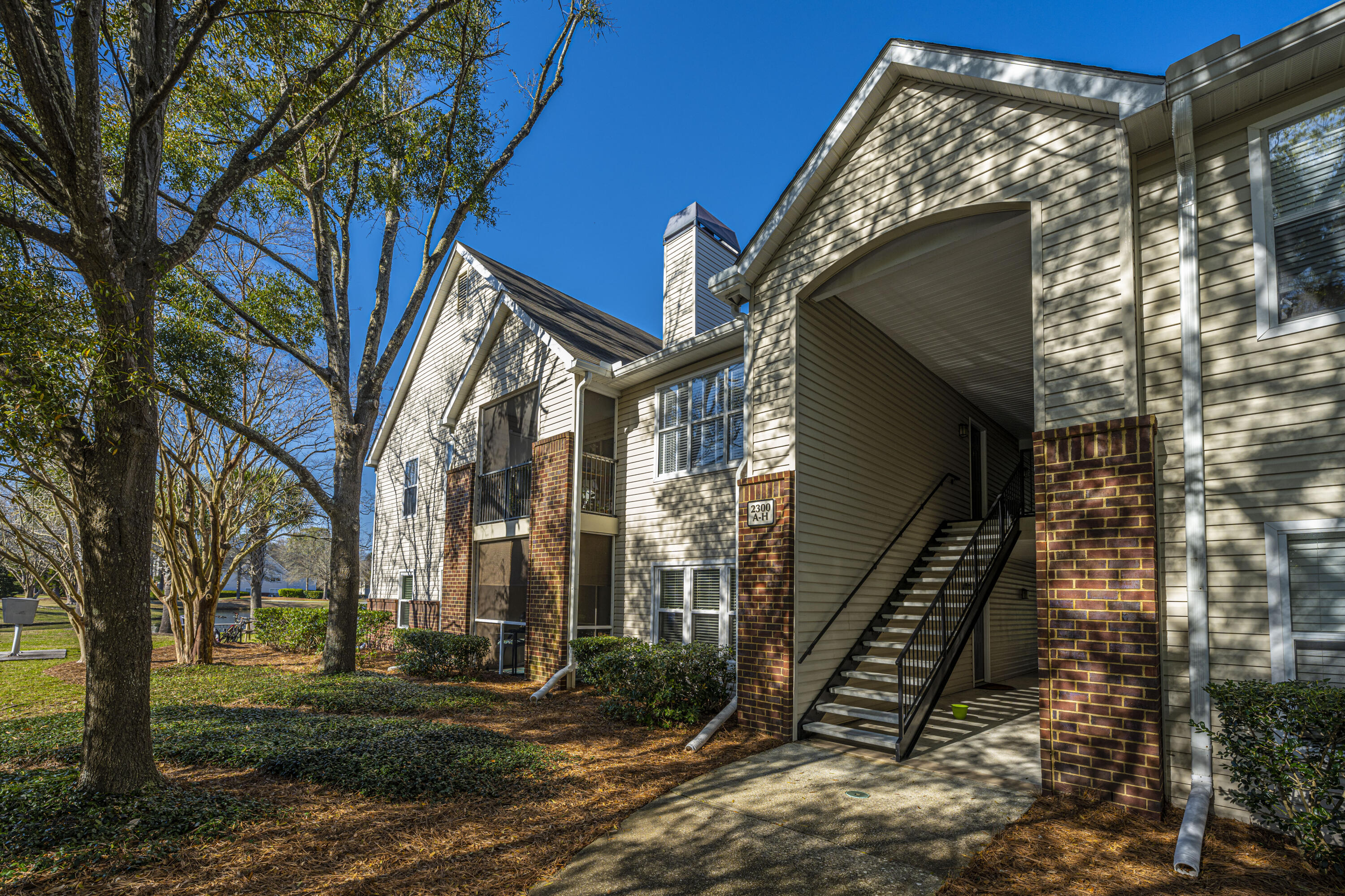 2011 N Highway UNIT 2300a Mount Pleasant, SC 29466