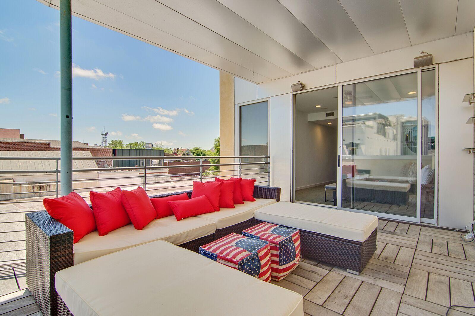 487 King Street UNIT 3rd Floor- Penthouse Charleston, SC 29403