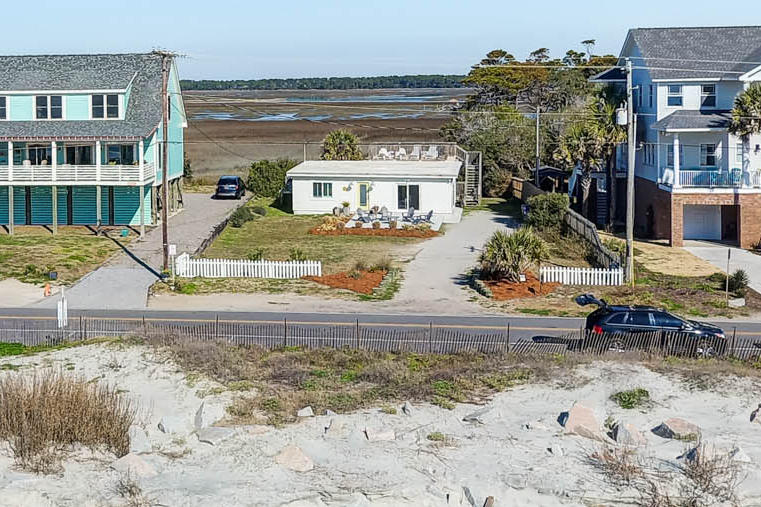 1418 E Ashley Avenue Folly Beach, SC 29439