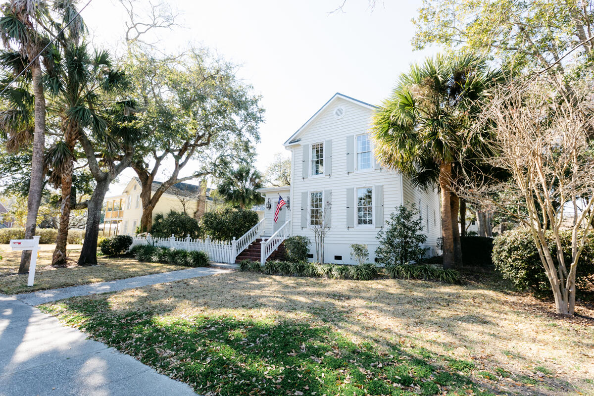 Old Village Homes For Sale - 302 Bank, Mount Pleasant, SC - 28