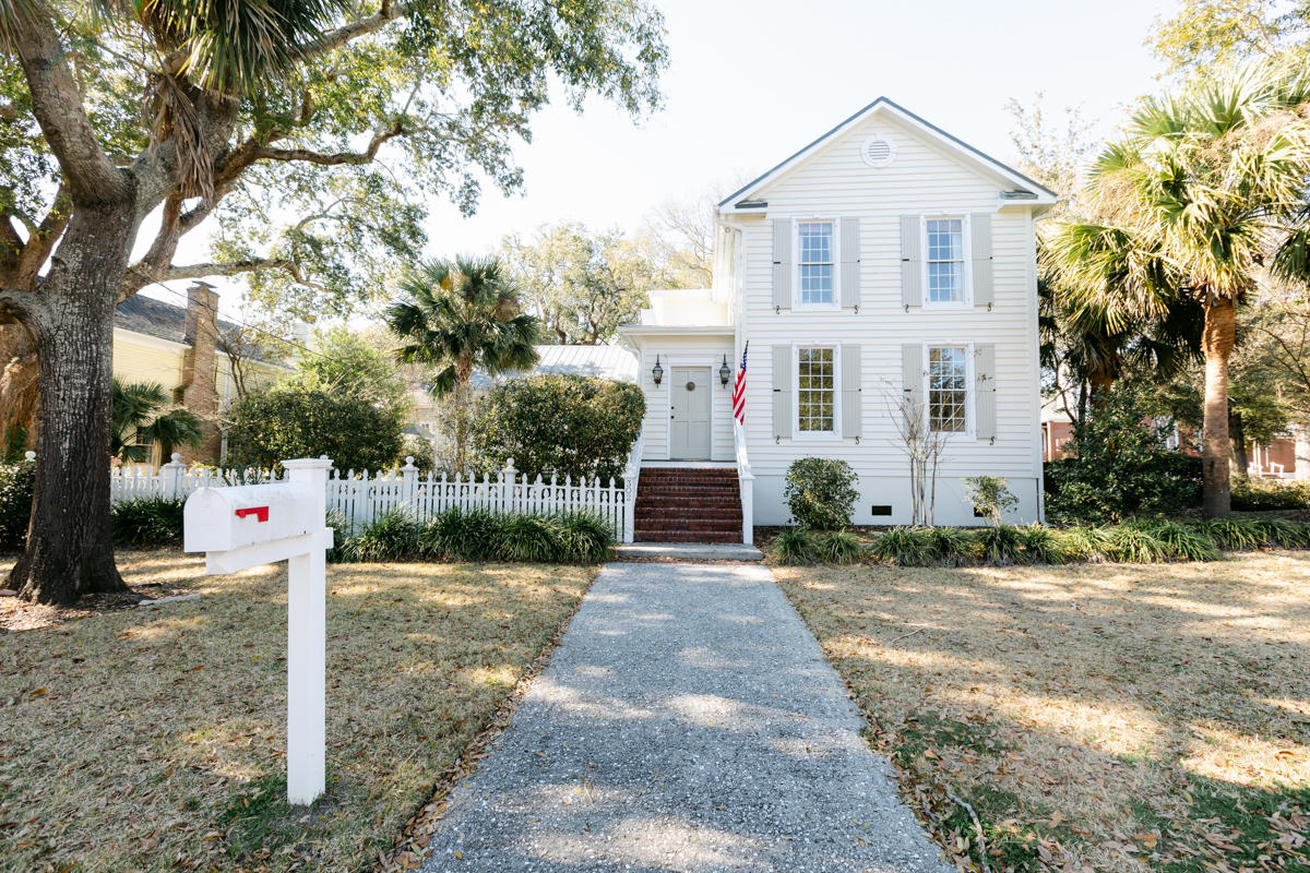 Old Village Homes For Sale - 302 Bank, Mount Pleasant, SC - 26