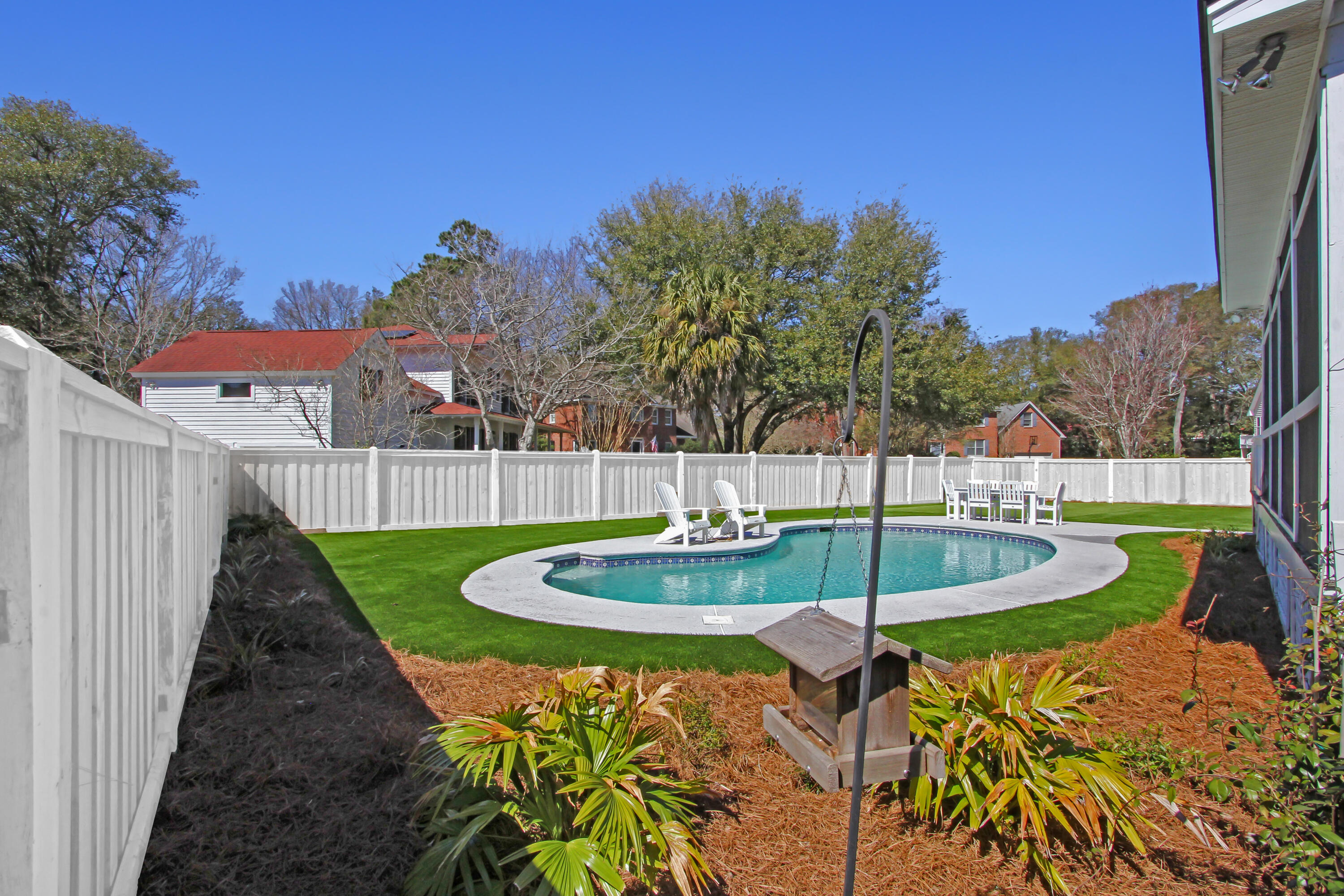 Stiles Point Plantation Homes For Sale - 828 Whispering Marsh, Charleston, SC - 11
