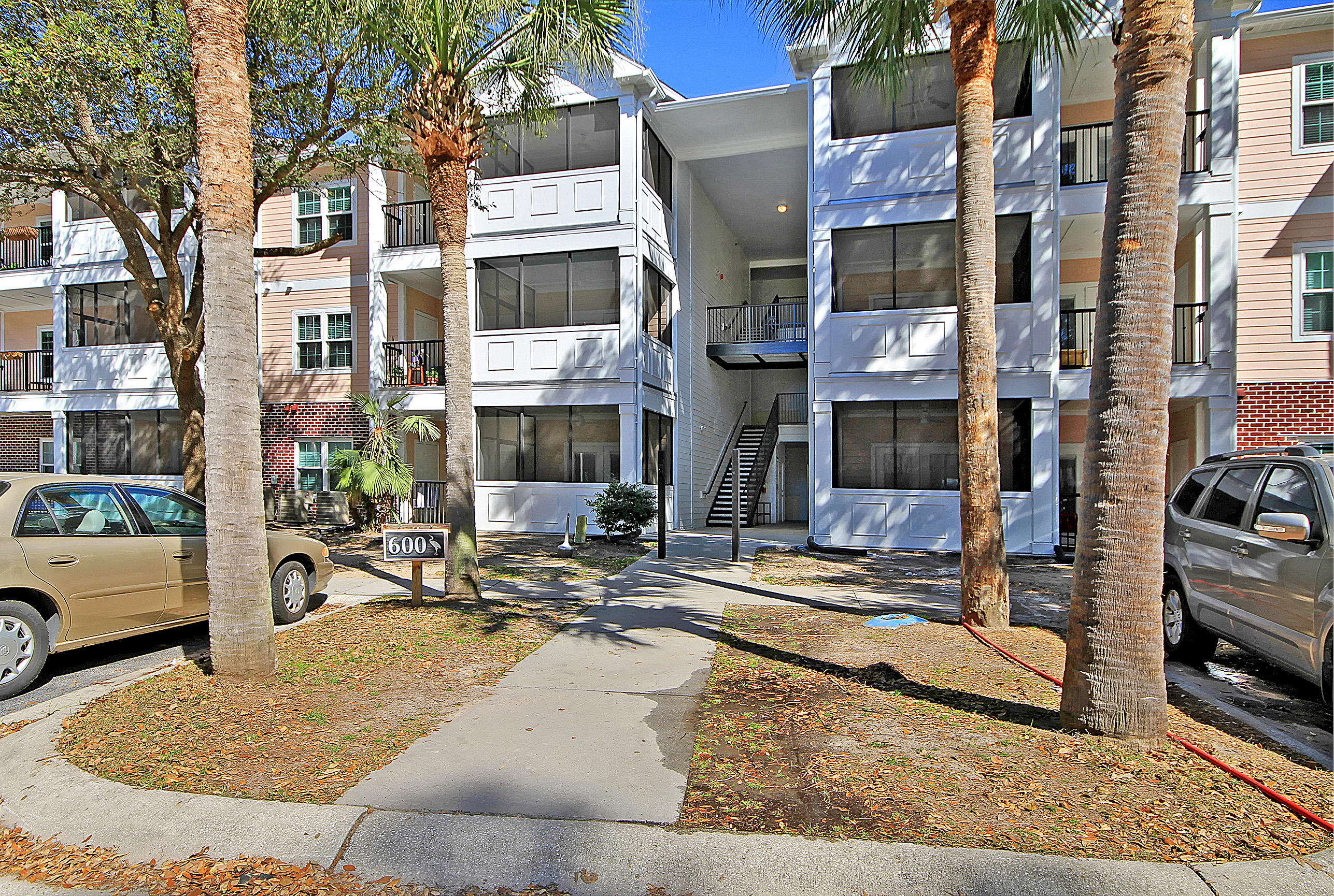 1025 Riverland Woods Place UNIT #617 Charleston, SC 29412