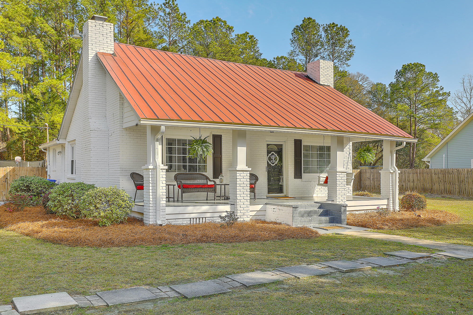 4421 Highway Hollywood, SC 29449