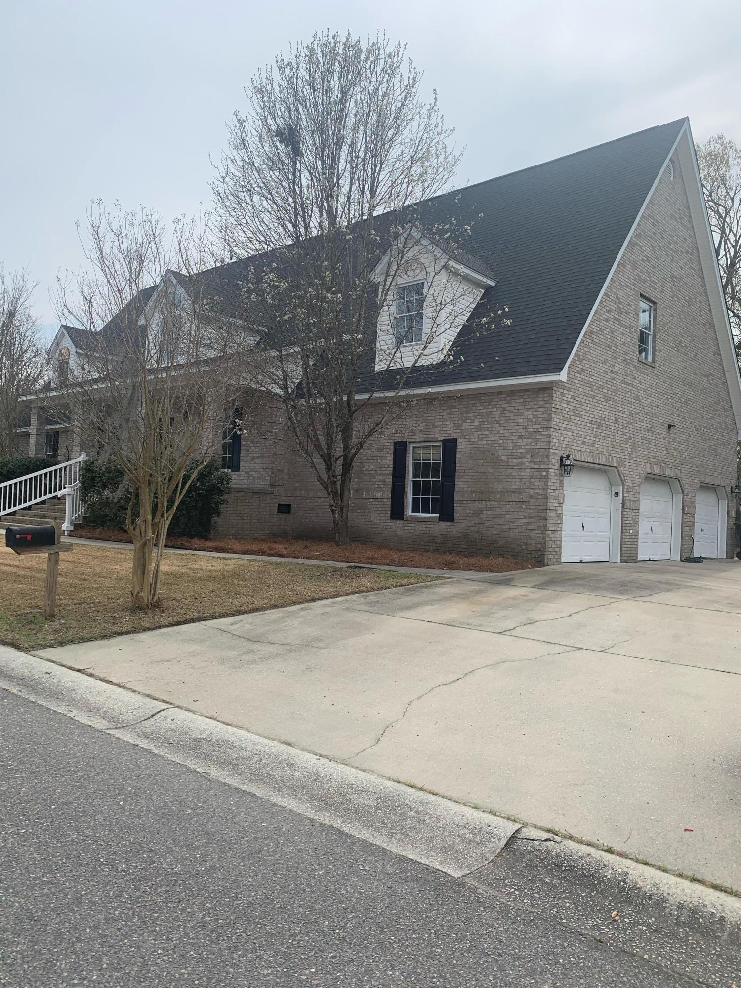301 Archibald Drive Goose Creek, SC 29445