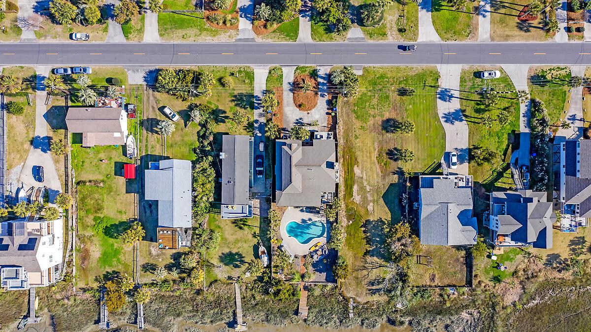 1628 E Ashley Ave Folly Beach, SC 29439