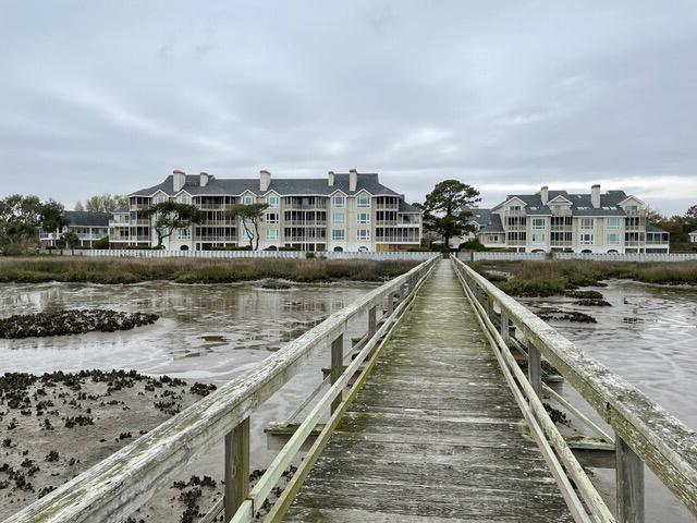 Simmons Pointe Homes For Sale - 1551 Ben Sawyer, Mount Pleasant, SC - 3